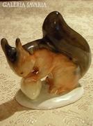 Bodrogkeresztúri kerámia mókus mogyoróval 01 ( 0031 )