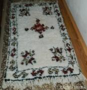 Kézi csomózású marokkói szőnyeg