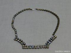 0905 Gyönyörű régi csiszolt üveg ékköves nyakék