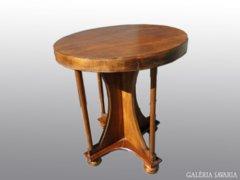 8013 Antik körasztal szalonasztal 68 x 60 cm