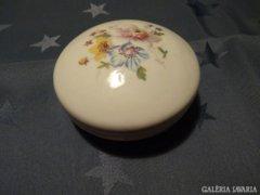 Aquincumi kézzel festett bonbonier