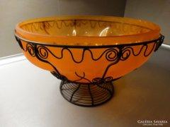 Savmart, narancssárga üvegtál cizellált fém vázban