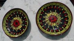 Jelzett iparművészeti  fali tányér pár