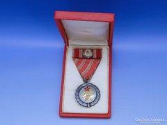 0B852 Szocreál kitüntetés szocialista jelvény