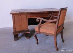 0C520 Antik neobarokk íróasztal karfás székkel
