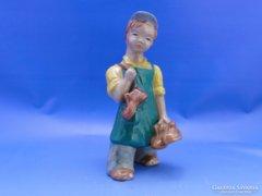 0C633 Jelzetlen RAHMER kerámia suszter fiú