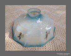 Réges-régi üveg,lámpa búra,qpido figurákkal