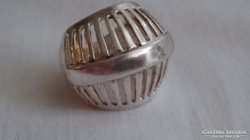 Ezüst gyűrű gyönyörű különleges.