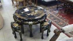 Kínai lakk asztal