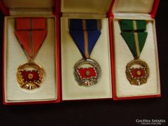 A Haza Szolgálatáért arany-ezüst-bronz kitüntetés! LOT
