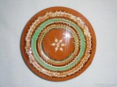 Népművészeti kerámia fali tányér - 12.3 cm átmérő