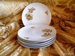 Kézzel festett 6 db süteményes tányér, arany rózsamintával