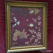 Japán gésa galambokkal hímzett selyem kép