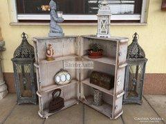 Provence bútor, antikolt fehér utazóláda, bőrönd, design pol