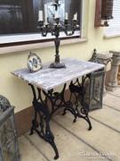 Provence bútor, antikolt vas asztal 02.