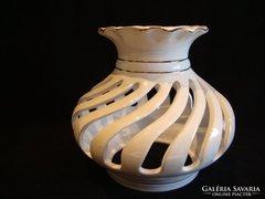 Áttört csvart porcelán lámpabúra