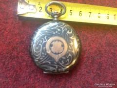 Antik ezüst óratok Brauswetter János szegedi műheyéből