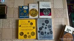 5 darab német nyelvű numizmatikai könyv.