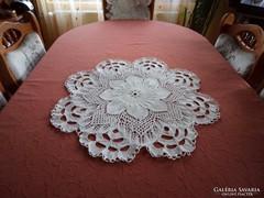 Csipketerítő drapp/ekrű terítő asztalközép 65 cm