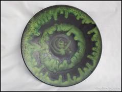 Jelzett zöld  iparművész kerámia tál