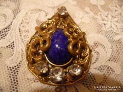 Antik szép cizellált barokk medál