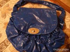 Nagy méretű kék női táska