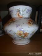 Pajzspecsétes Zsolnay váza