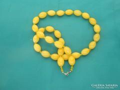 Nagyon mutatós női citromsárga nyaklánc, kiegészítő