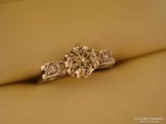 Arany (fehér 18k) gyémánt szoliter eljegyzési gyűrű. 0,51ct