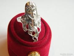 Hosszú hajú,lány fejes ezüst gyűrű
