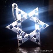 14K Fehér Arany  kék zafírokkal kirakott David csillag medál
