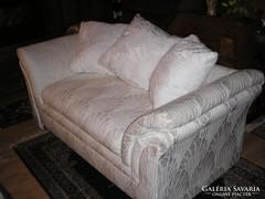 Olasz exkuziv brokáthuzatos modern kanapé 178x90x40cm