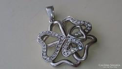 Gyönyörű cirkonköves ezüst medál
