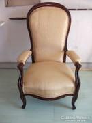 Antik magas támlás kárpitozott trónszék, fotel eladó!