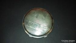 Ezüst pudrié / puderes tárca