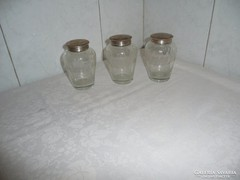 Antik  csiszolt üveg sószóró alpakka tetővel 3 db