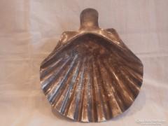 Ezüstözött alpakka kagyló alakú kínáló