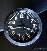 Repülőfedélzeti katonai óra, ötnapos járat