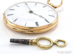 Gyonyoru kulcsos arany18k 46,8 g  zsebora akcio