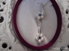 Kisvirágos igazgyöngy ezüst topáz medál és nyaklánc