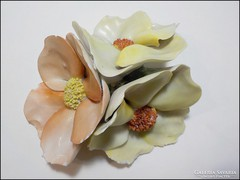 Herendi porcelán virág - sérült