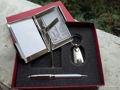 Ezüstözött névjegykártyatartó , notesz ajándék doboz