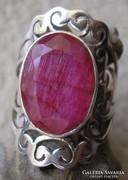 925 ezüst gyűrű, 17,7/55,6 mm, rubinnal, kézműves termék