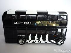 CORGI Abbey Road emeletes busz