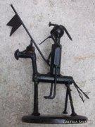 Vasember-Don Quihote fém-lemezszobor 20 cm