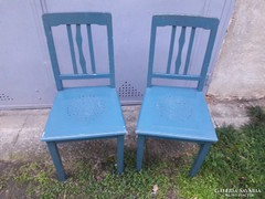 Két darab fa szék