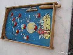 Régi  Gagarin  fa  játék