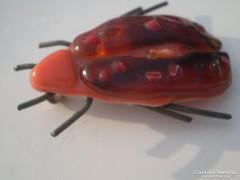 Üvegolvasztásos, kézműves FURINKA bogár