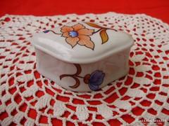 Hollóházi porcelán liliomos ékszertartó