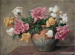 Lamoling Rózsák patinás vörösrézvázában